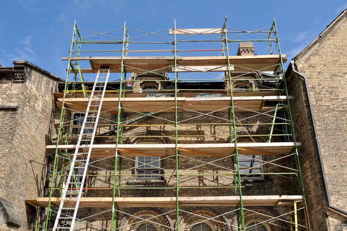 renovatie gevel steenstrips